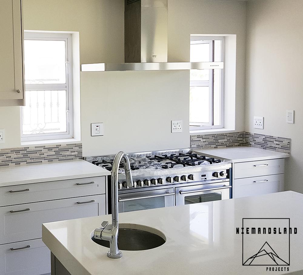 Niemandsland Projects- Cadan cupboards - Kitchen